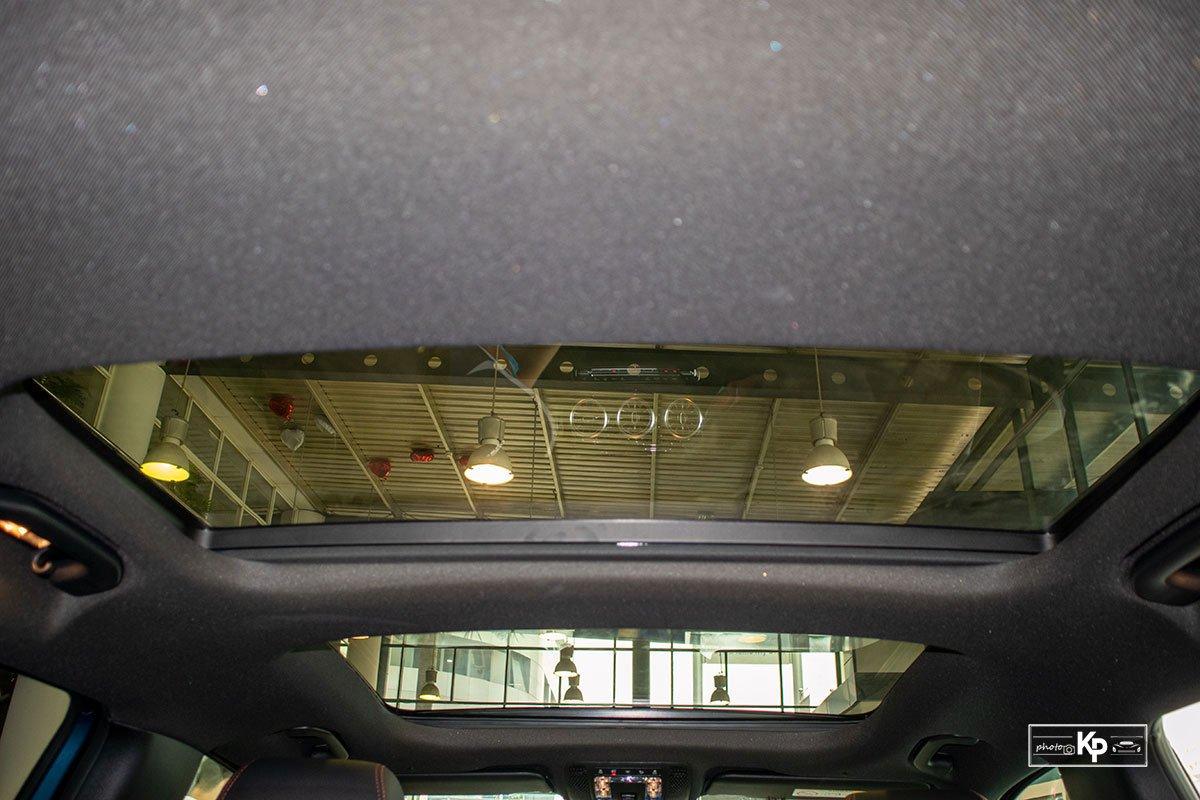 Ảnh Cửa sổ trời xe Mercedes-Benz GLB 35 2021
