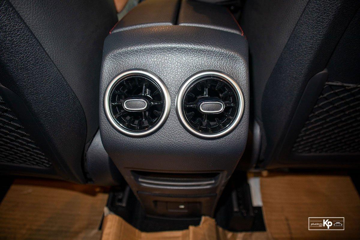 Ảnh Cửa gió xe Mercedes-Benz GLB 35 2021
