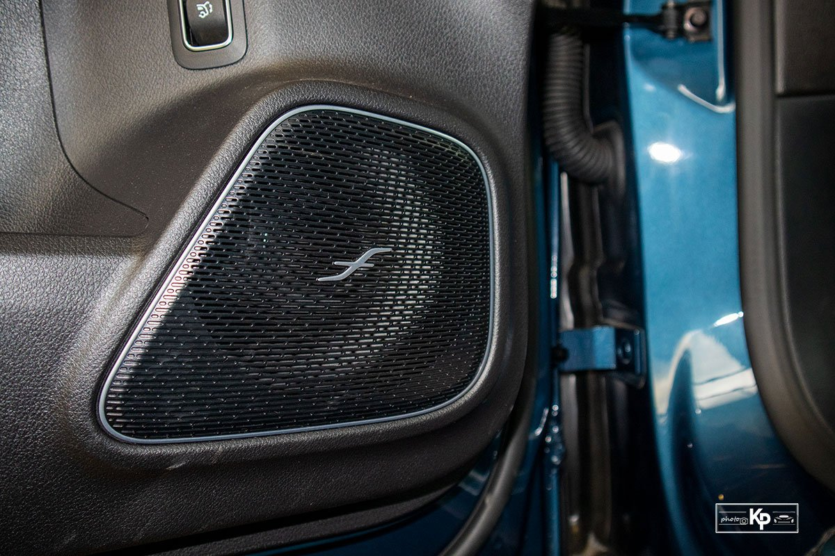 Ảnh Loa xe Mercedes-Benz GLB 35 2021