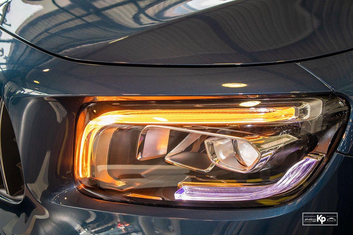 Ảnh Đèn pha xe Mercedes-Benz GLB 35 2021