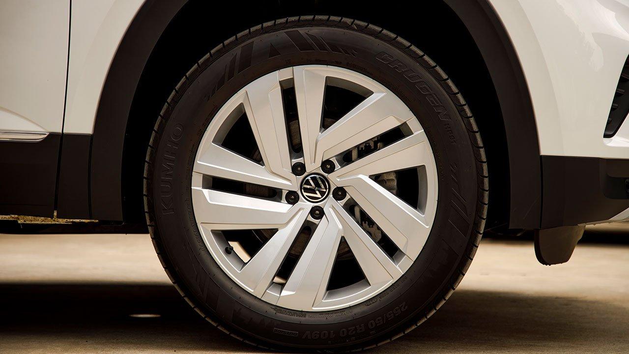 Volkswagen Teramont 2021 ra mắt Lựa chọn mới đấu Toyota Land Cruiser Prado, Ford Explorer a3