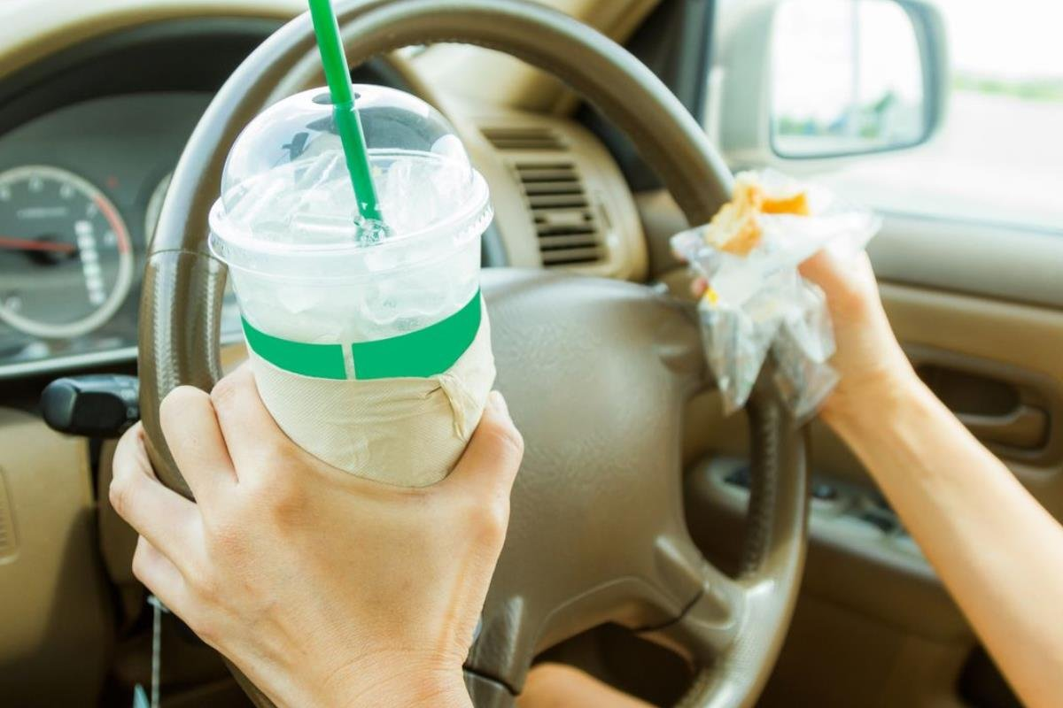 uống khi lái xe ô tô