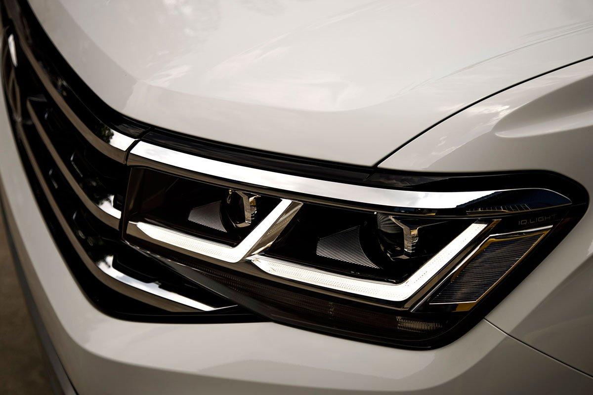 đèn xe Volkswagen Teramont .