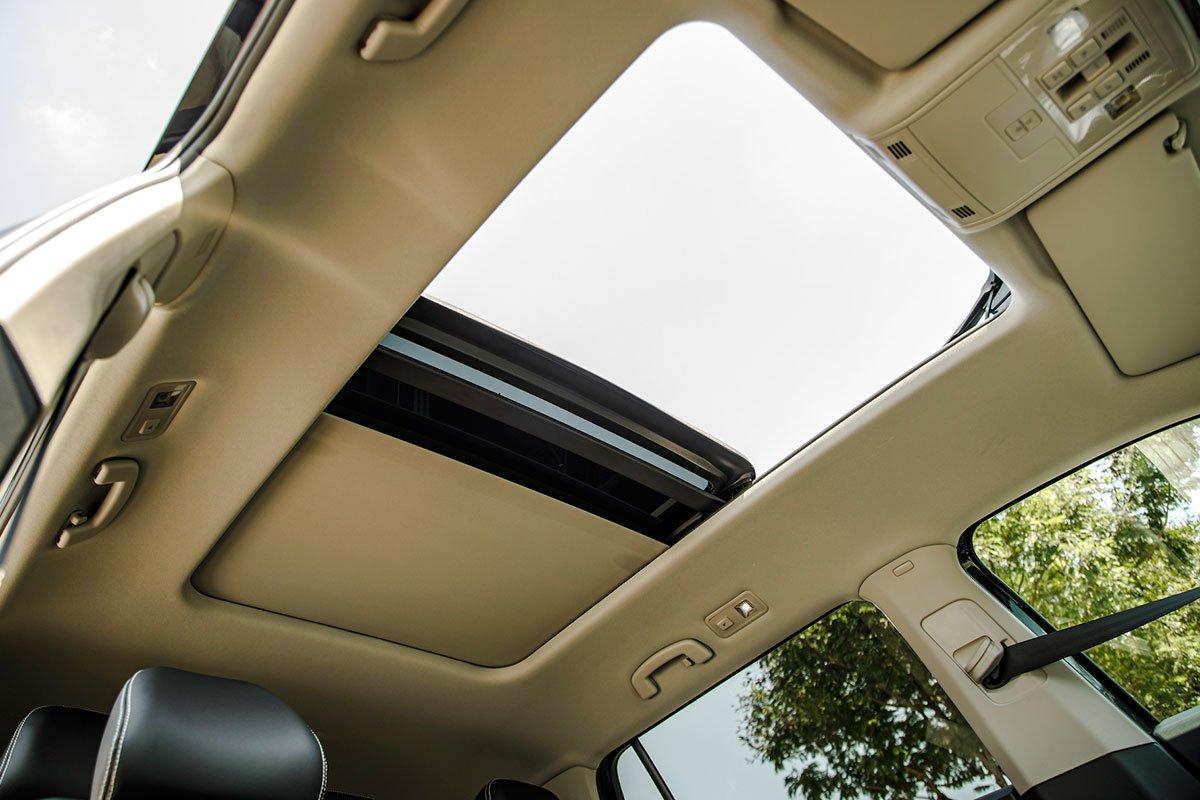 cửa sổ trời Volkswagen Teramont .