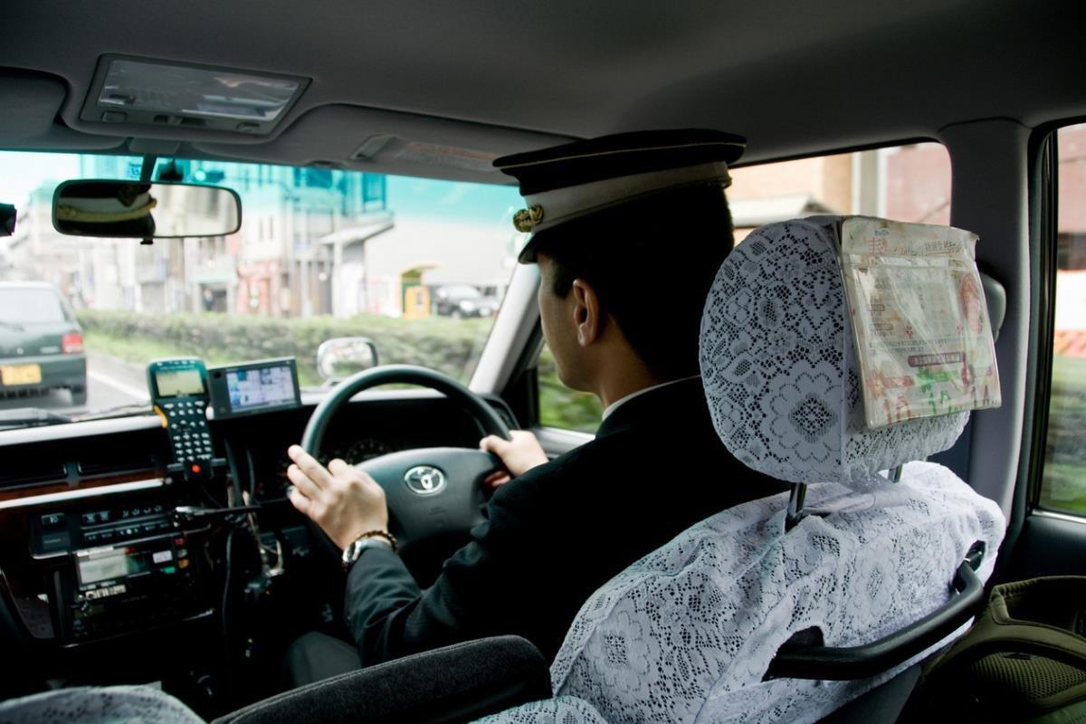 tài xế taxi Nhật