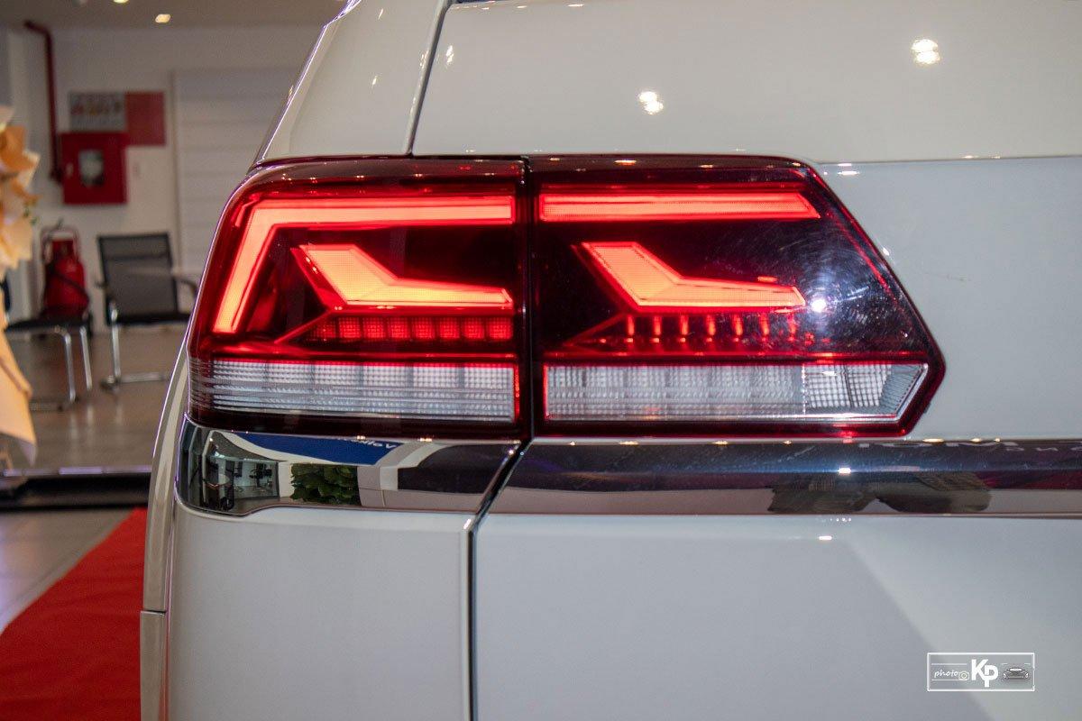 Ảnh Đèn hậu xe Volkswagen Teramont 2021