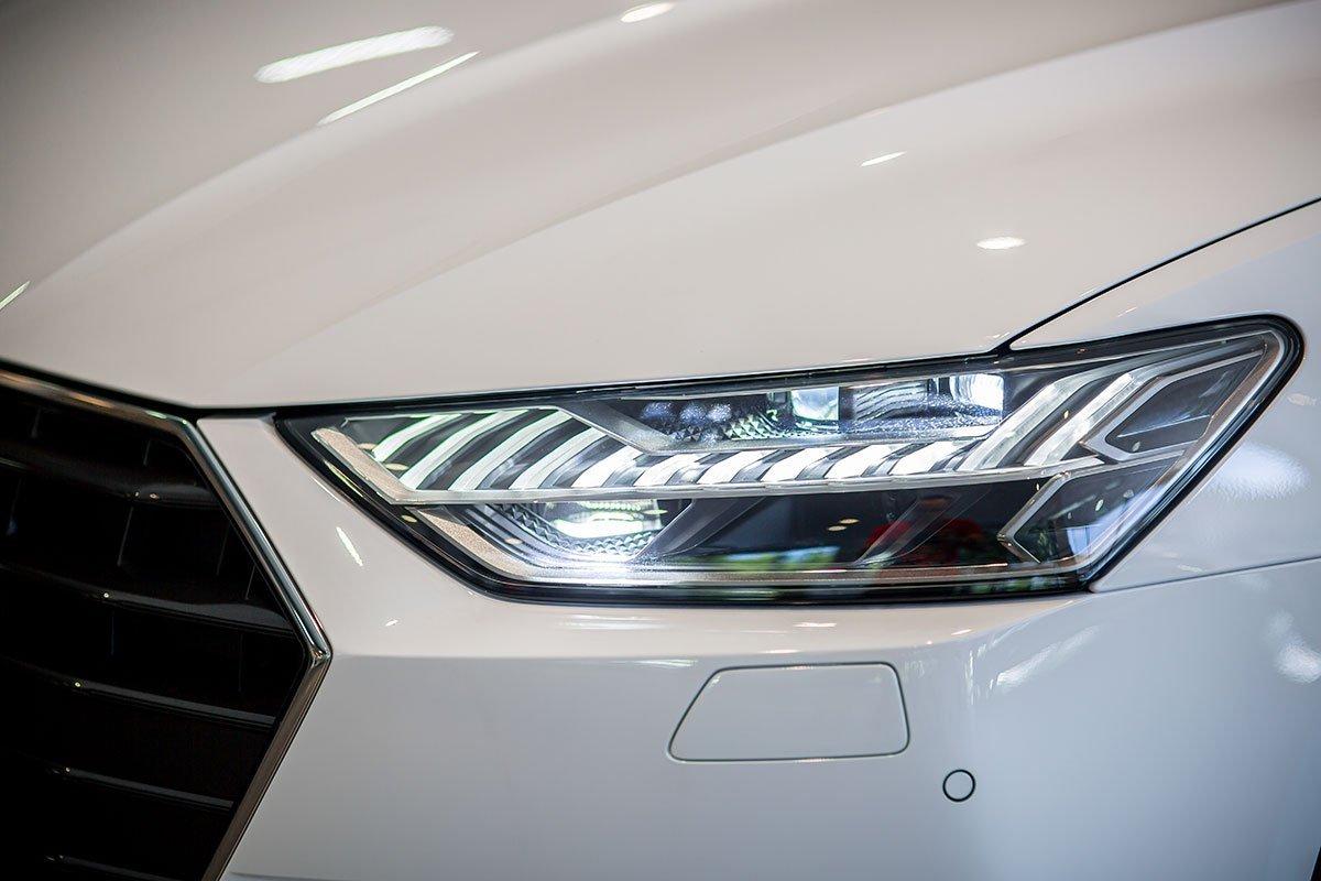 đèn xe Audi A7.