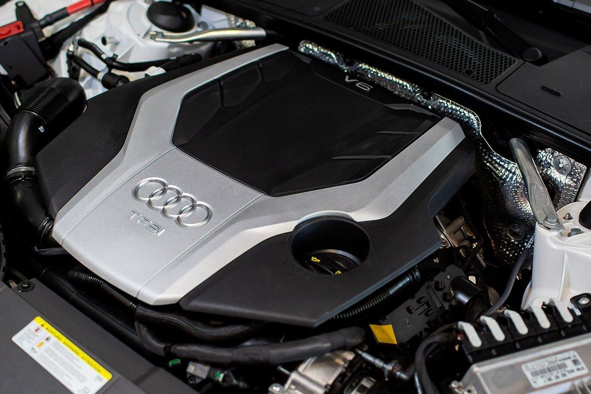 động cơ xe Audi A7.