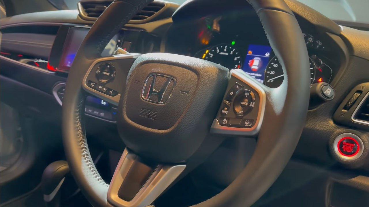 """Cận cảnh Honda BR-V 2022 """"bằng xương, bằng thịt"""": Nhiều trang bị hiện đại đấu Xpander a8"""