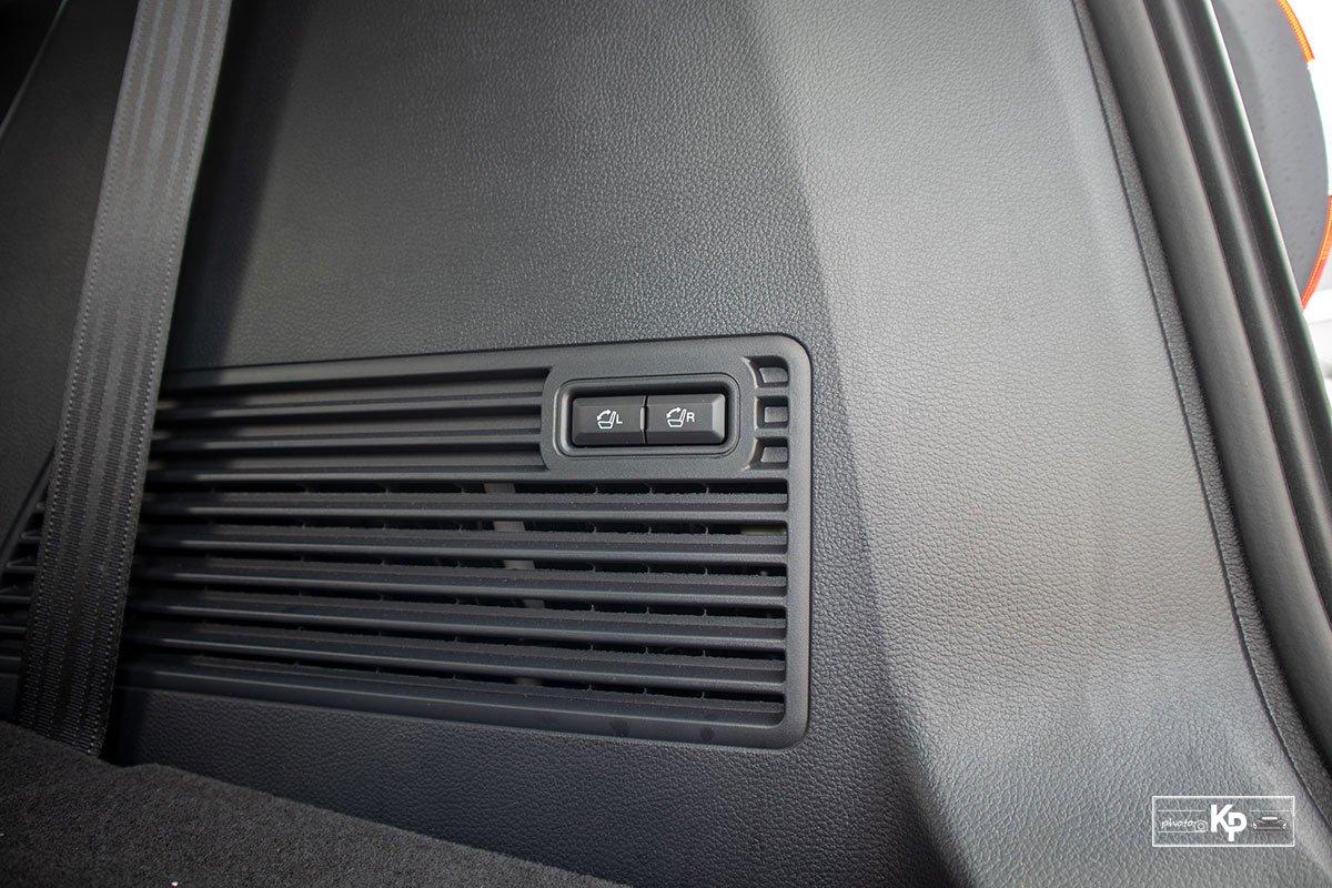 Ảnh gập ghếxe Ford Everest 2021
