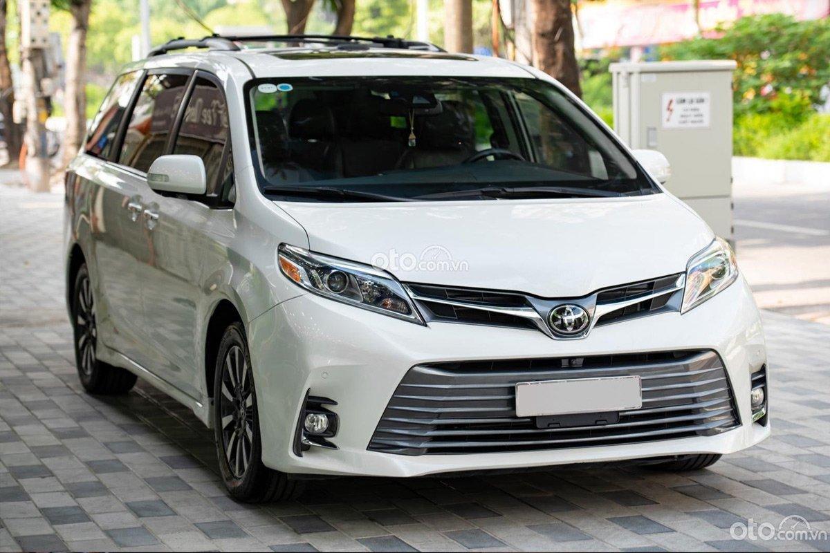 Sau 3 năm, Toyota Sienna Limited bán lại hơn 3,5 tỷ đồng, có đáng mua vào thời điểm này?.