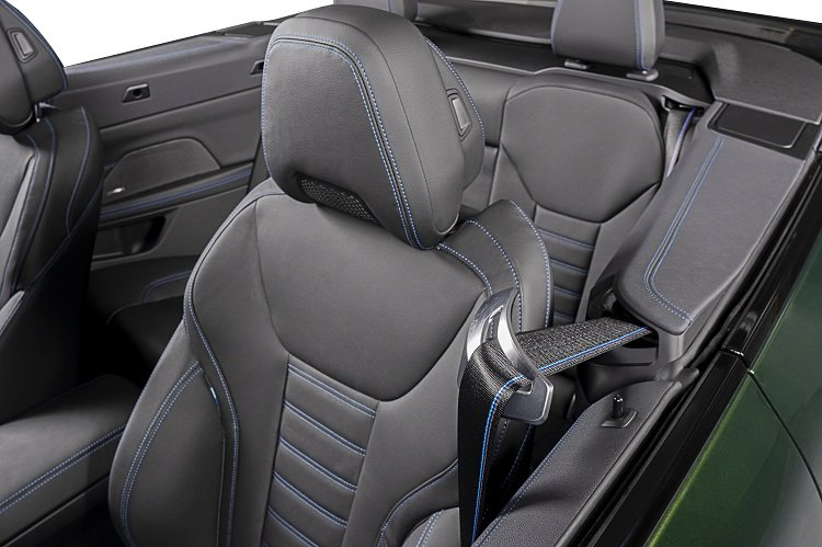 ghế xe BMW 430i Convertible 2021.