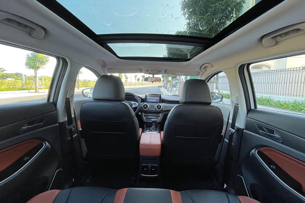 cửa sổ trời xe BAIC X55.