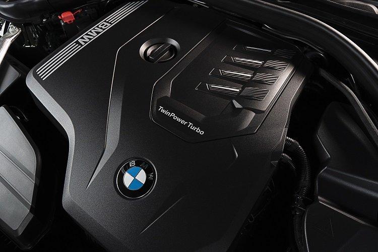 Động cơ xe BMW 430i Convertible 2021.