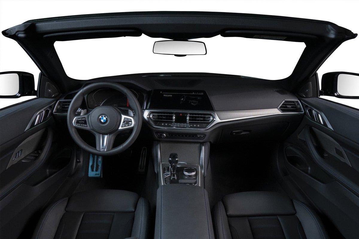 Thiết kế khoang nội thất của 4-Series Convertible tương tự các mẫu sedan khác trong gia đình BMW..