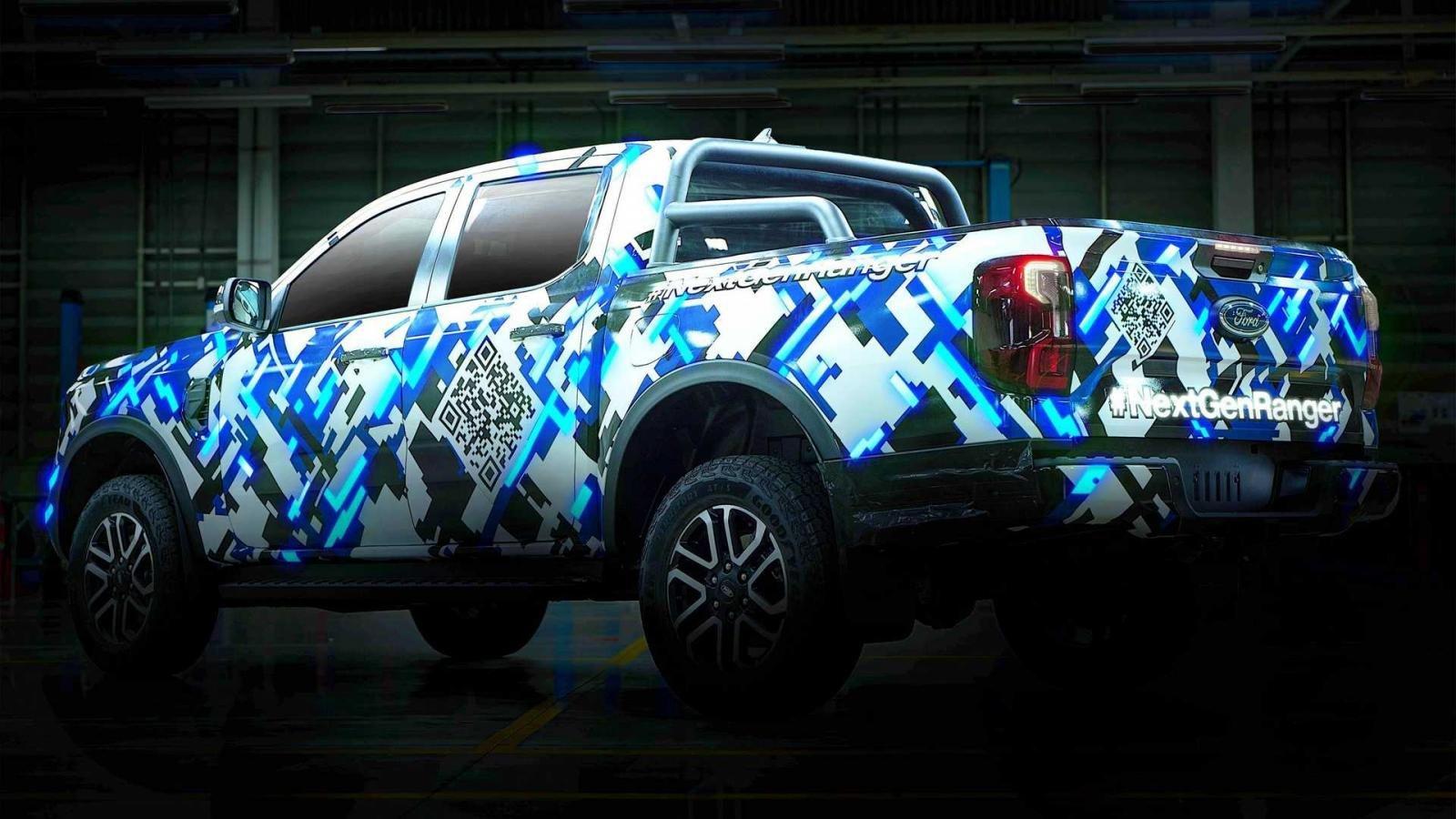 Ford nhá hàng mẫu bán tải Ranger thế hệ mới.