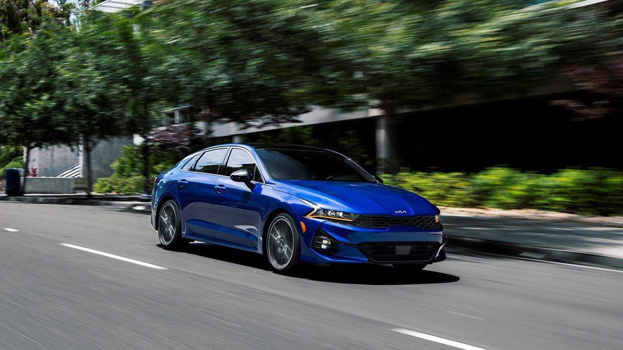 Giá lăn bánh KIA K5 2022, hấp dẫn hơn nhiều Toyota Camry tại Việt Nam a1
