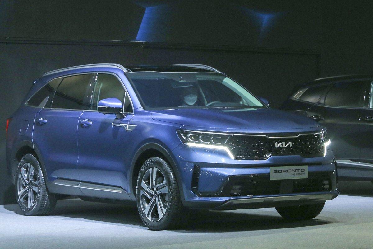 Dự kiến KIA Sorento Hybrid sẽ được mở bán tại Việt Nam từ tháng 3/2022.