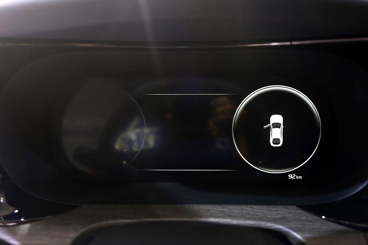 """Ảnh thực tế KIA K5 2022 mới ra mắt, liệu có """"lật ngược thế cờ"""" trước Toyota Camry? a6"""