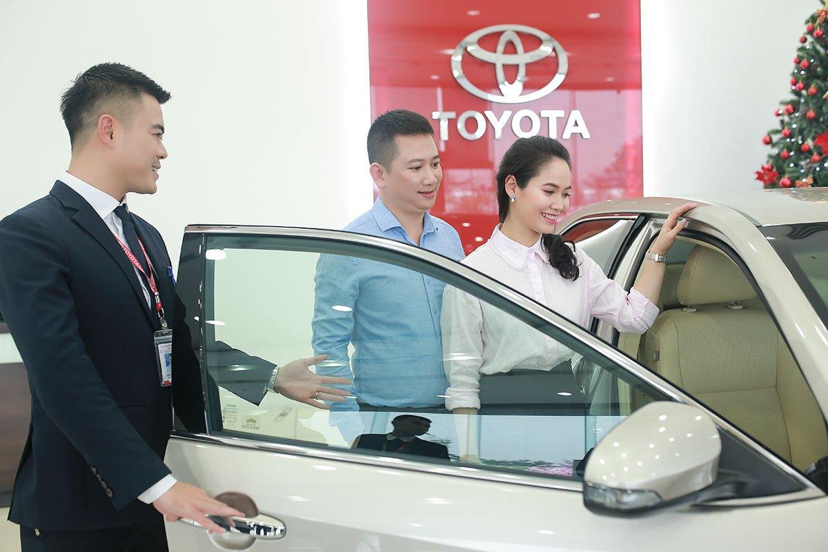 Chương trình Tưng bừng ưu đãi vạn lời tri ân của Toyota Việt Nam.
