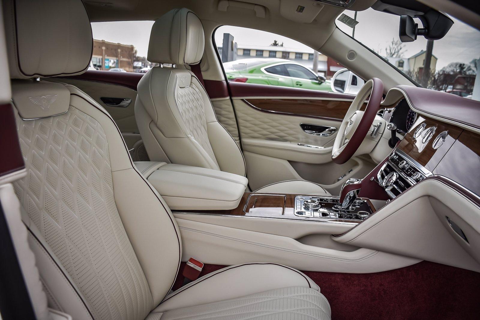 Bentley Flying Spur3.