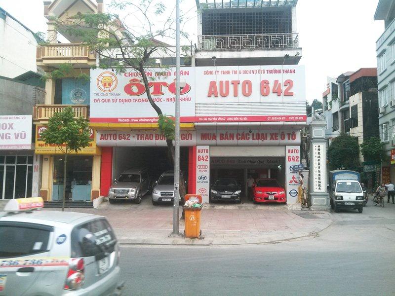 Auto 642