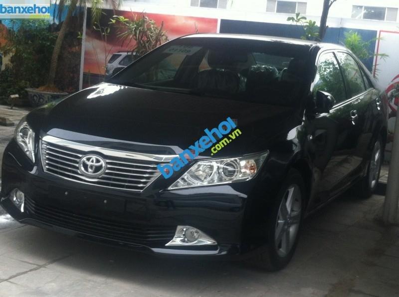 Xe Toyota Camry 2.5 Q 2014-0