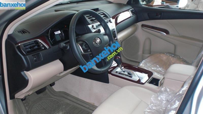 Xe Toyota Camry 2.0E 2014-4