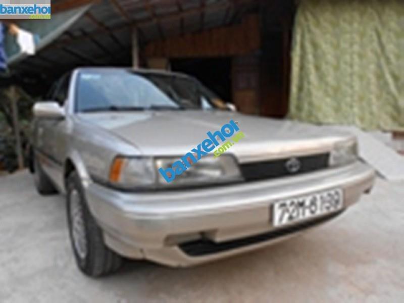 Cần bán gấp Toyota Camry năm sản xuất 1991, màu vàng, nhập khẩu, giá chỉ 160 triệu-1