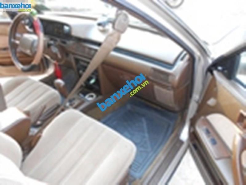 Cần bán gấp Toyota Camry năm sản xuất 1991, màu vàng, nhập khẩu, giá chỉ 160 triệu-4