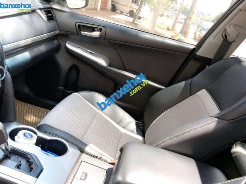 Xe Toyota Camry SE 2012-5