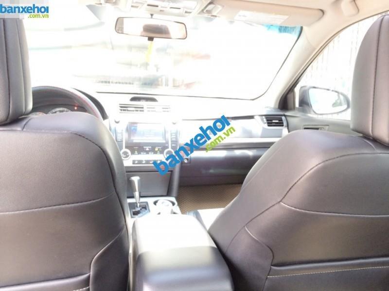 Xe Toyota Camry SE 2012-9