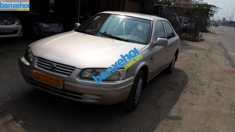 Xe Toyota Camry  1998-2