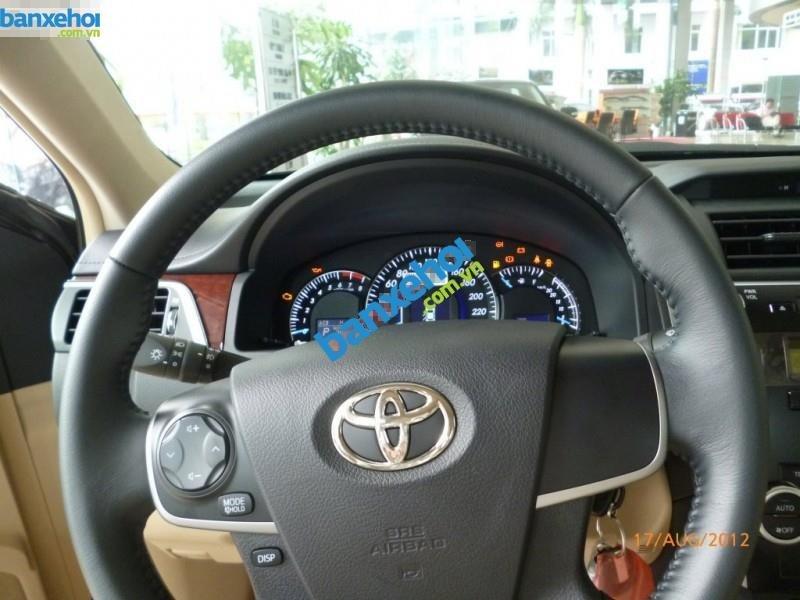 Xe Toyota Camry 2.0E 2013-8