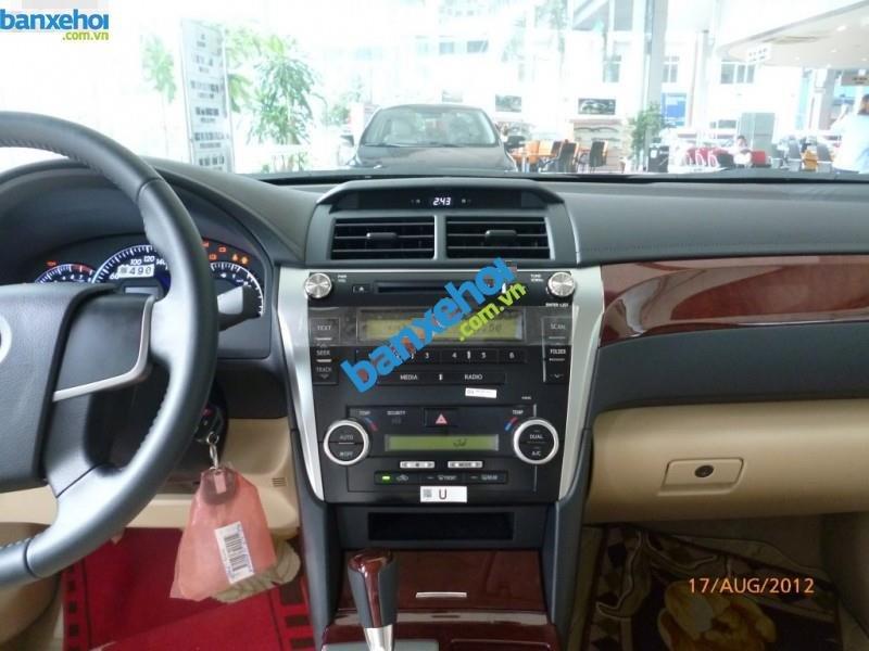 Xe Toyota Camry 2.0E 2013-7