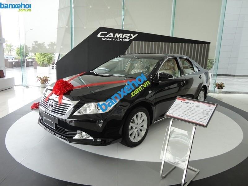 Xe Toyota Camry 2.0 E 2014-0