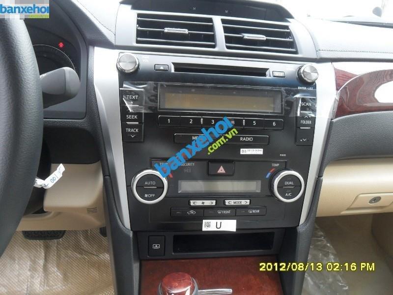 Xe Toyota Camry 2.0 E 2014-8