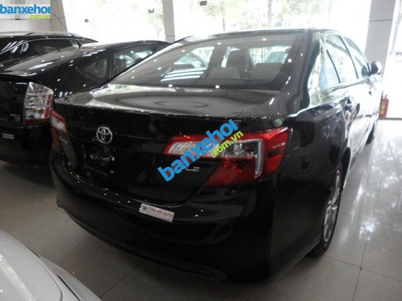Xe Toyota Camry LE 2012-3