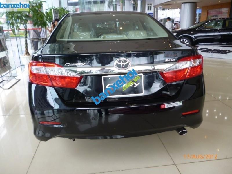 Xe Toyota Camry 2.0E 2013-3