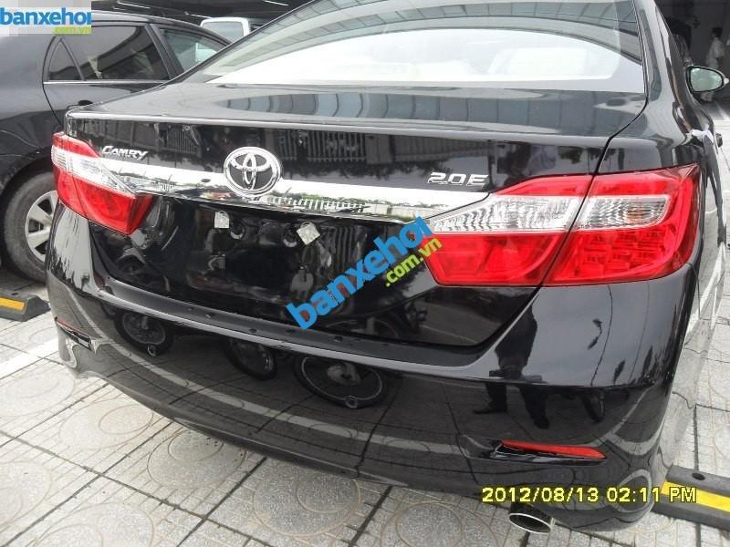 Xe Toyota Camry 2.0 E 2014-2