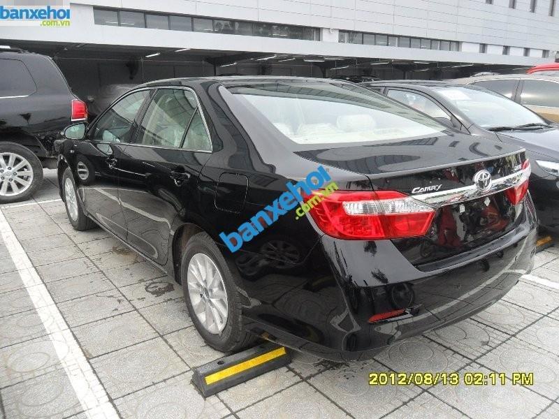 Xe Toyota Camry 2.0 E 2014-3