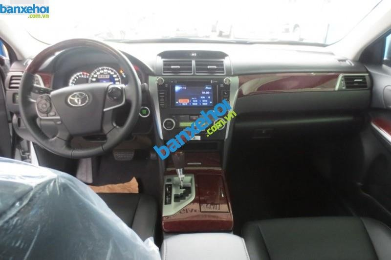Xe Toyota Camry 2.5Q 2014-3