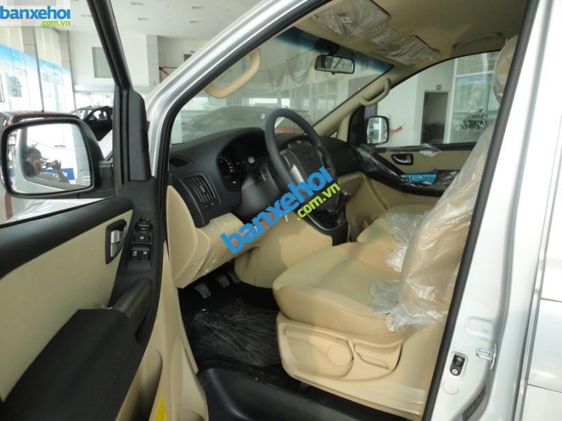 Xe Hyundai Starex 2.4 MT 2014-6