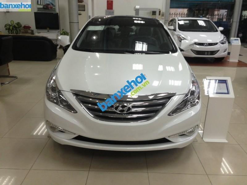 Xe Hyundai Sonata 2.0 2014-1