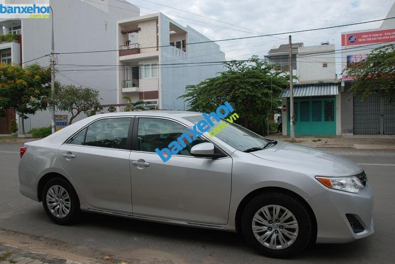 Xe Toyota Camry LE 2.5L 2012-3