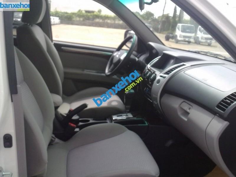 Xe Mitsubishi Pajero 2WD AT 2014-7