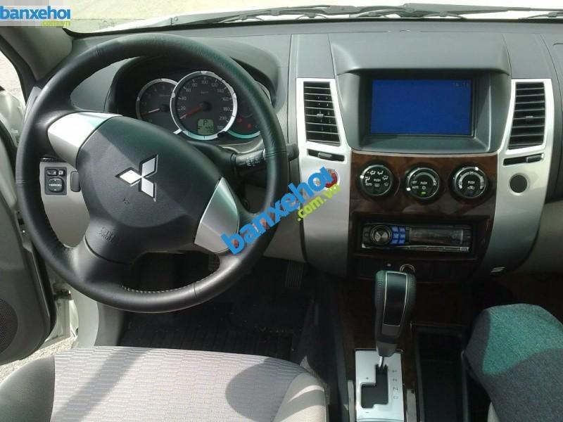 Xe Mitsubishi Pajero 2WD AT 2014-6