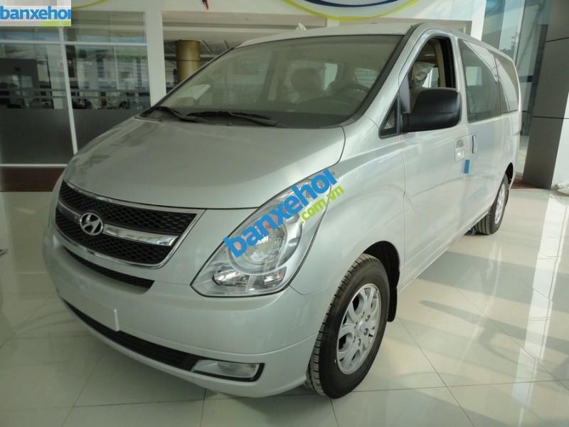 Xe Hyundai Starex 2.4 MT 2014-0