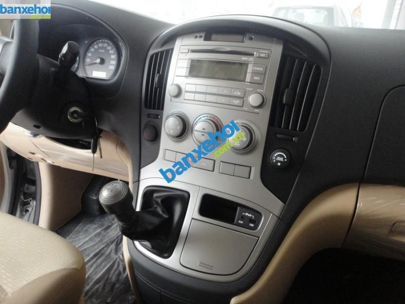 Xe Hyundai Starex 2.4 MT 2014-8