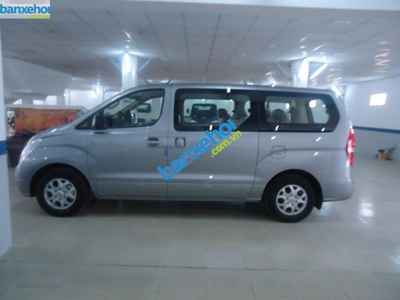 Xe Hyundai Starex  2014-2